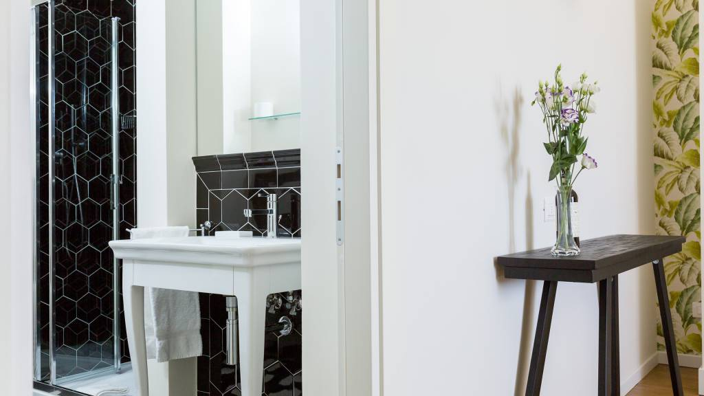 Flor-Luxury-Guesthouse-Florence-Room-web-91